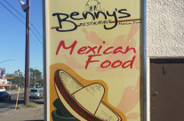 Benny's Sign Install
